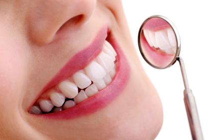 The Drawbacks of DIY Teeth Whitening – Fort Myers, FL